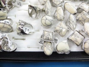 white stone fashion ring size randomly pick between 6 to 10