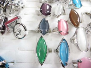 chunky cats eye synthetic stone rings size randomly pick between 6 to 10