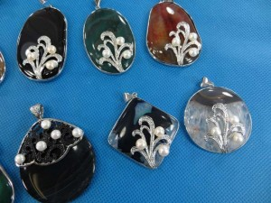 gemstone-faux-pearl-pendants-3c