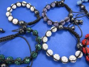 hematite-crystal-disco-ball-bead-macrame-bracelet-2d