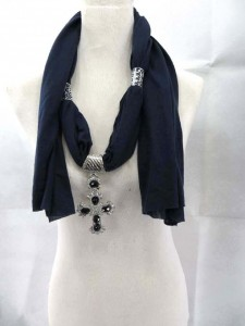 necklace-scarf-13b