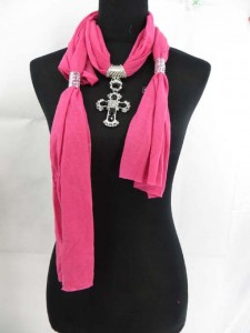 necklace-scarf-13d