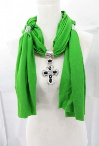 necklace-scarf-13f