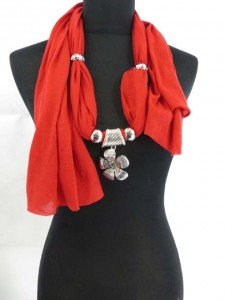 necklace-scarf-15a