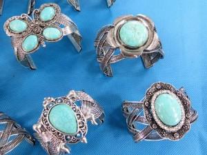 retro-turquoise-bangles-1b