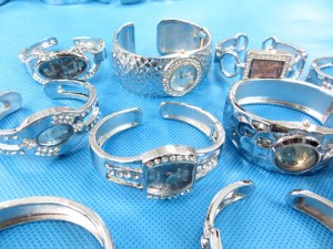 rhinestone-bangle-watch-9b