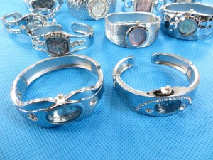 mixed designs bangle watches with cz crystals