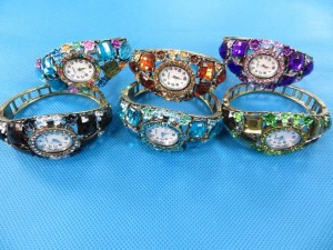 rhinestone-retro-bangle-watches-4b