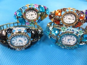 rhinestone-retro-bangle-watches-4c