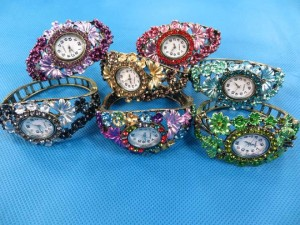 rhinestone-retro-bangle-watches-5b
