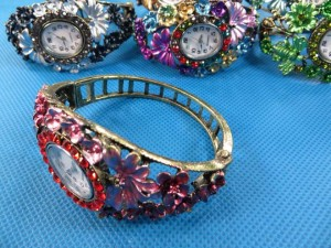 antique bronze plated retro rhinestone crystal bracelet bangle watch