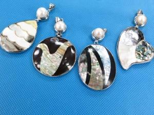 seashell-mosaic-pendants-2c