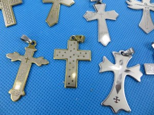 stainless-steel-cross-pendants-2c