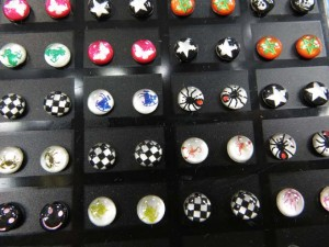 stainless-steel-logo-ear-studs-1h