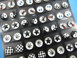 stainless-steel-logo-ear-studs-2b