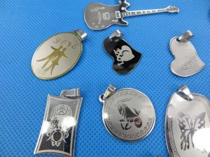 stainless-steel-pendants-1b