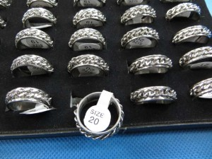 316L Stainless Steel Chain Spinner Ring Band randomly picked size between 6 to 11