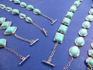 guniune gemstone turquoise toggle bracelets