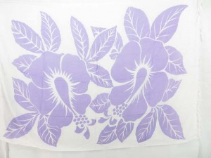 light purple and whtie Hawaiian long sarong with large hibiscus flowers