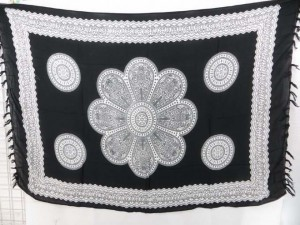 beach bikini coverup black and white giant daisy