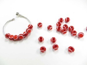 Red and white color eye design acrylic bead