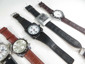 large-face-leather-band-watch-2e