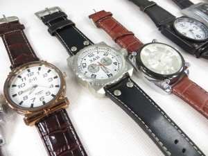 large-face-leather-band-watch-2f