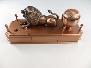 lion-lighter-1a