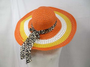 beach hat with animal print ribbon
