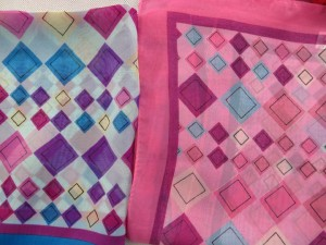 Chiffon scarves with geometrical diamond pattern