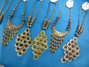 chuncky-vintage-retro-necklaces-20k
