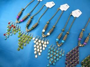 chuncky-vintage-retro-necklaces-20q