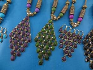 chuncky-vintage-retro-necklaces-20u