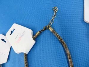 chuncky-vintage-retro-necklaces-20x