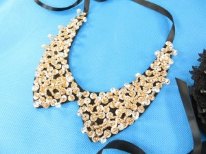 collar-necklaces-black-2d