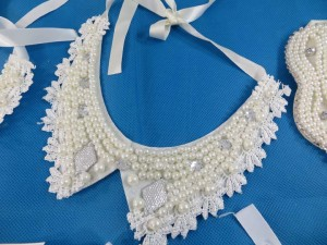 collar-necklaces-white-faux-pearl-1f