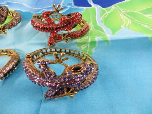 crystal-rhinestone-lizard-bangle-4c