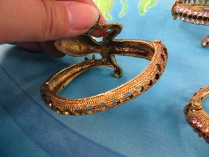 crystal-rhinestone-lizard-bangle-4f
