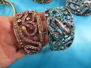 crystal-rhinestone-snake-bangles-5g