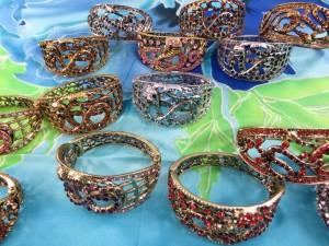 crystal-rhinestone-snake-bangles-5k