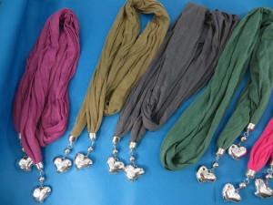 double-pendants-necklace-scarf-83d