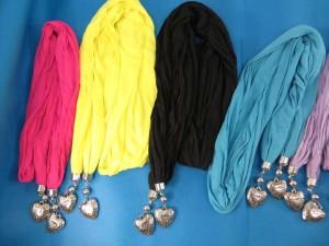 double-pendants-necklace-scarf-84c