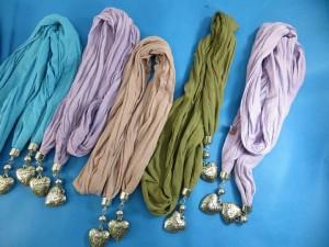 double-pendants-necklace-scarf-84d