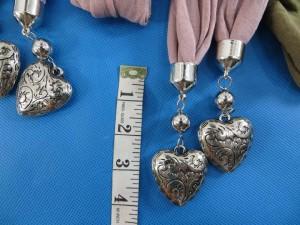 double-pendants-necklace-scarf-84h