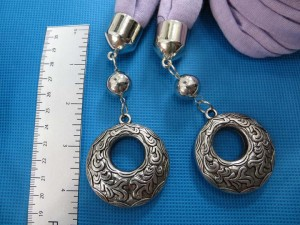 double-pendants-necklace-scarf-85j