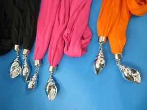 double-pendants-necklace-scarf-86e