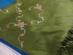 embroidery-pashmina-shawl-144c