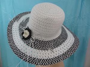 foldable-textured-summer-hats-10-crochet-flower-b