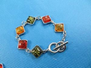 imitation-amber-bracelet-1a