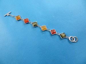 imitation-amber-bracelet-1b